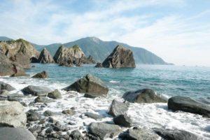 藍天白雲 看龜山島的海