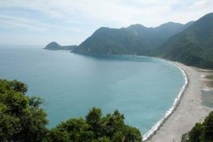 俯看龜山島美景
